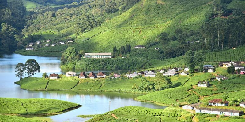 Munnar: A lush landscape, picturesque places, a breathtaking view, a Paradise on Earth.